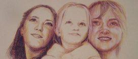 cropped-portrait-of-three-girls.jpg